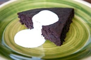 Pastel de chocolate y berenjena