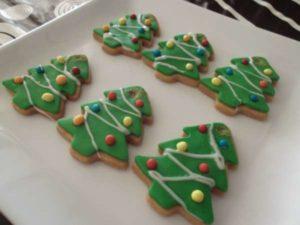 Galletas de mantequilla en forma de árbol navideño