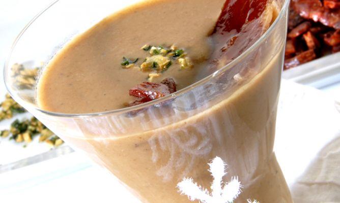 Sopa de ajo en crema